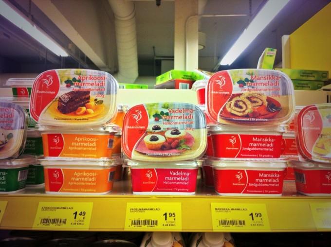 Im finnischen Supermarkt: Marmelade oder Margarine?