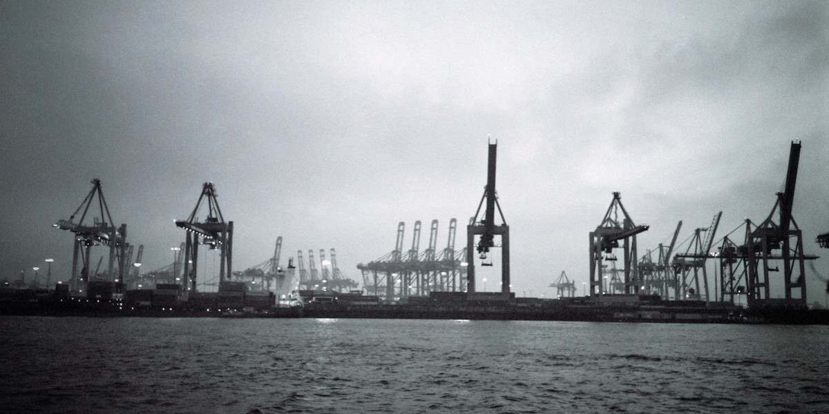 Hamburger Hafen (Foto: Raphael Raue)